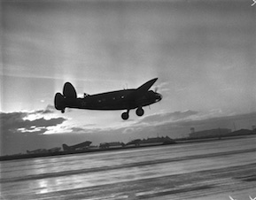 army_air_corps_dawn_patrol_flight_at_paine_field_everett_1942
