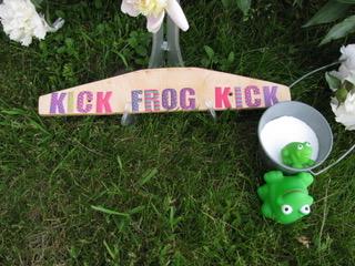 Kick frog kick