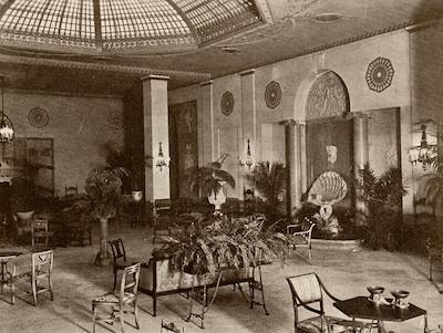 Palm Court at the Mayflower 1925
